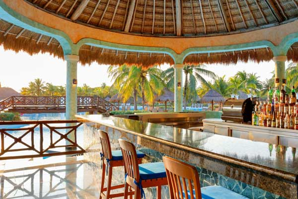 Restaurants & Bars - Grand Palladium Colonial Resort & Spa - All Inclusive Riviera Maya