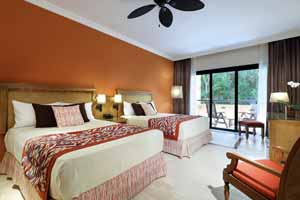 Deluxe - Grand Palladium Colonial Resort and Spa